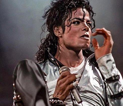 """Leaving Neverland, la """"verità"""" su cosa accadeva nella tenuta di Michael Jackson"""