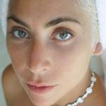 La risposta di Lady Gaga a chi dice che è incinta