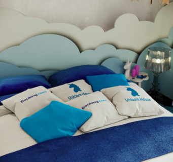 Ora puoi dormire in una casa unicorno in centro a Milano