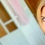 """""""Sei troppo magra, sei anoressica"""": la risposta di Martina Colombari a chi la insulta"""