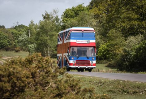 Arriva lo Spice Bus: ecco come puoi dormire nell'autobus delle Spice Girls