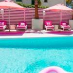 È a Ibiza l'hotel tutto rosa, il più instagrammabile di sempre