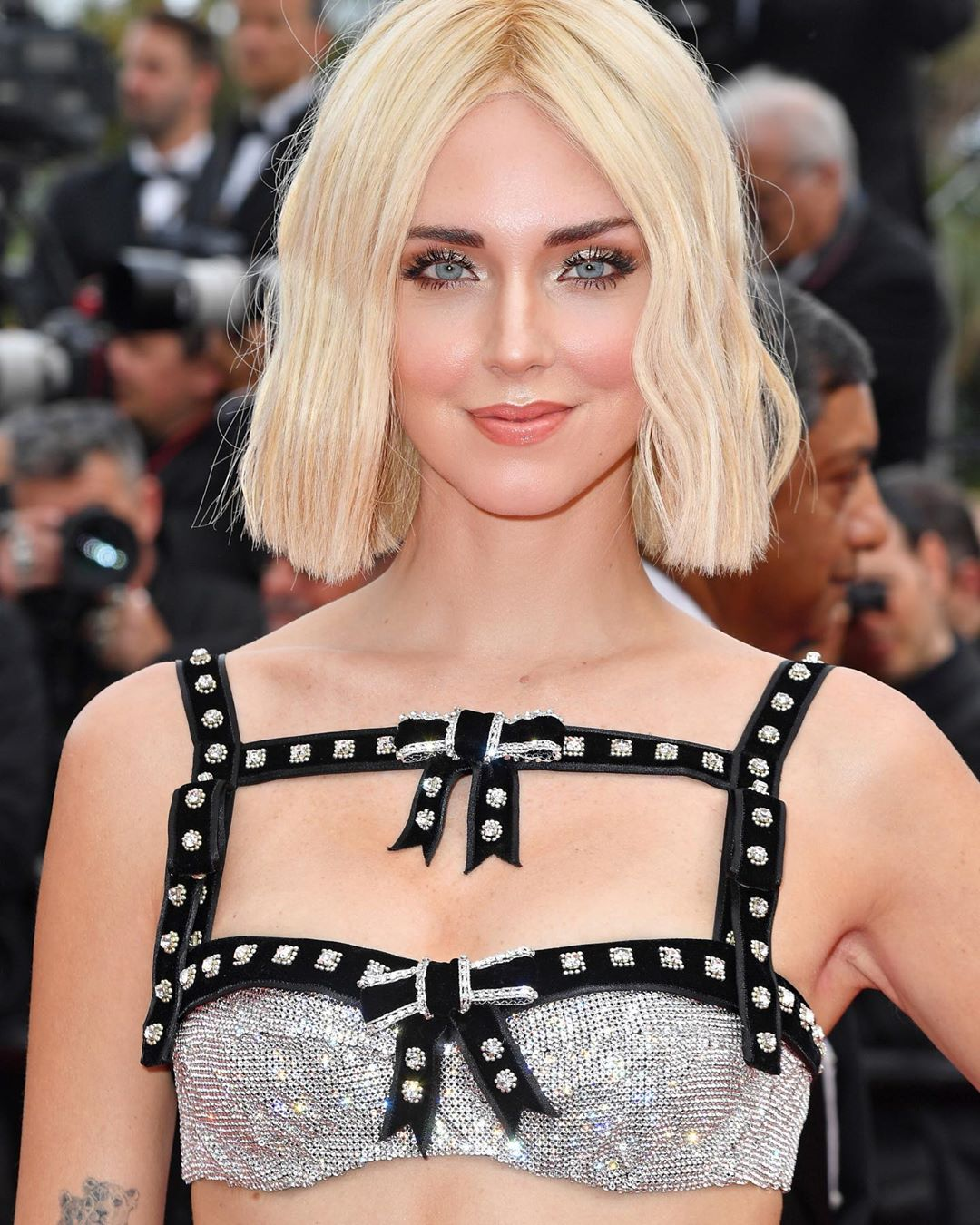 """Parrucca sì o no? Il """"mistero"""" di Cannes svelato dalla stessa Chiara Ferragni"""