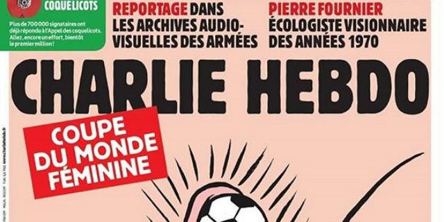 La disgustosa vignetta di Charlie Hebdo sui mondiali di calcio femminili
