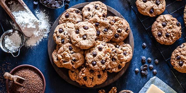 Mangiare i biscotti ora diventa un lavoro: ecco l'offerta da leccarsi i baffi
