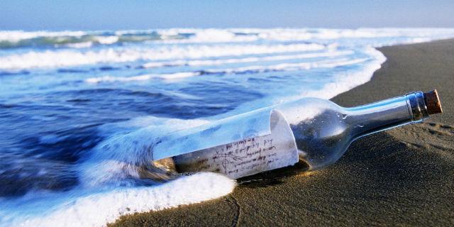 Il messaggio nella bottiglia ritrovato dopo 50 anni: chi è il bimbo che lo scrisse
