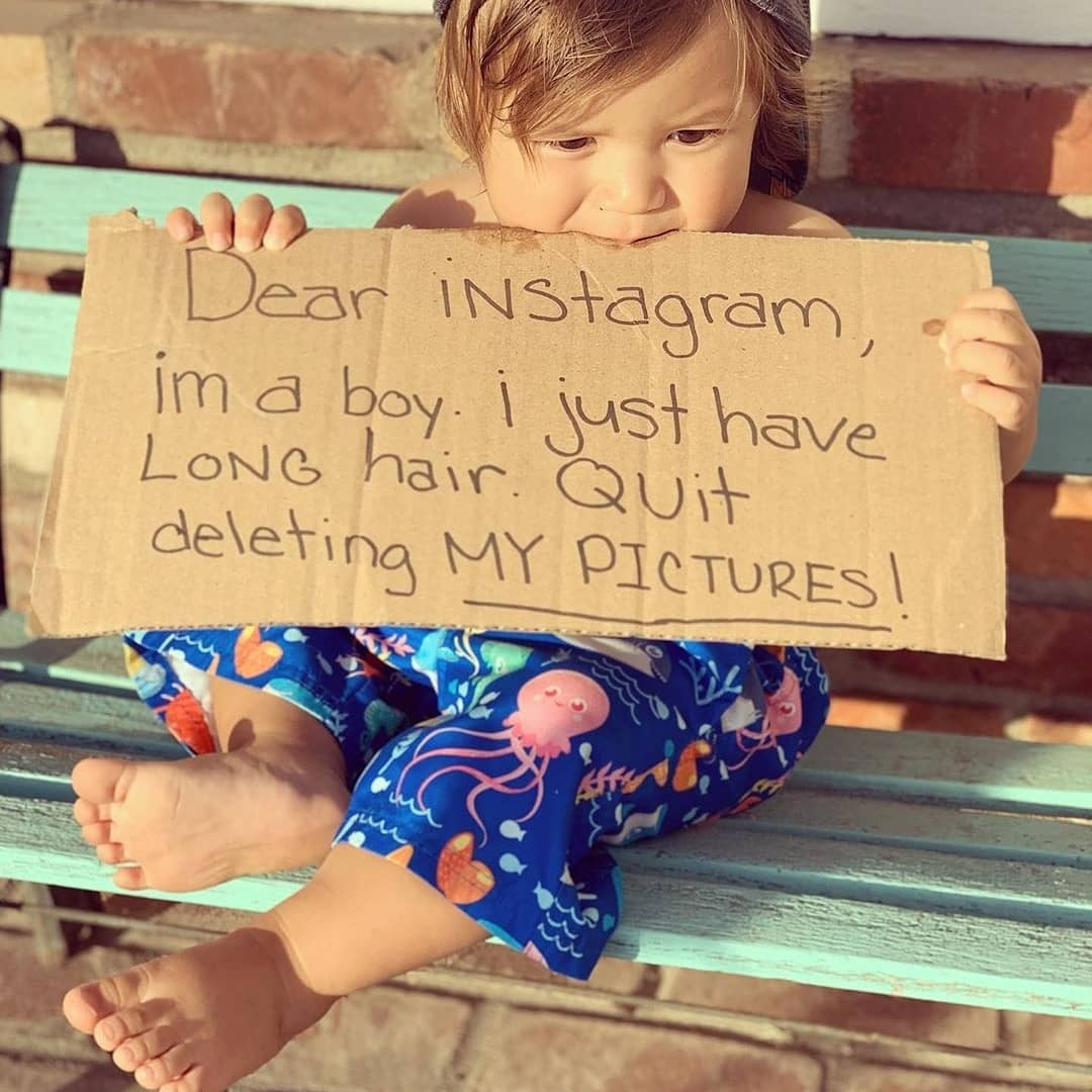 I bambini scambiati per femmine in topless: la doppia censura di Instagram