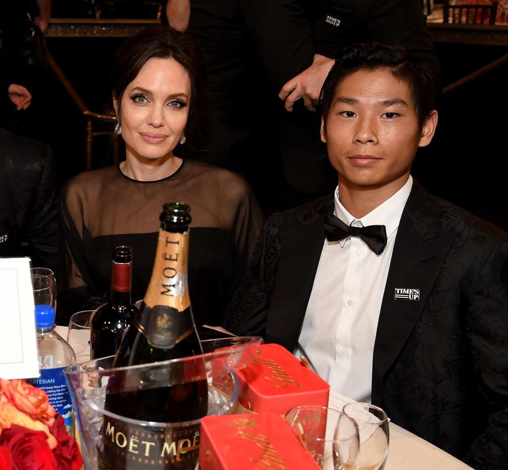 Piccole brangeline crescono: la bellezza delle figlie di Angelina Jolie al fianco della mamma