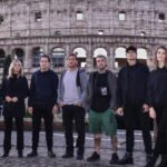 Fedez, Totti e altri 6 vip in fuga: ma è tutto per il reality Celebrity Hunted