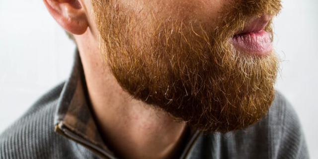 """Coronavirus, il virologo Pregliasco: """"Cosa rischia chi ha una barba folta"""""""