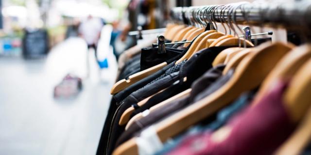 Fase 2, i negozi di abbigliamento riaprono il 18 maggio: le regole da seguire