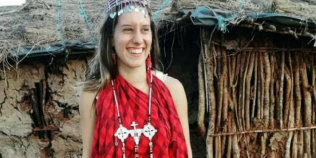 """Silvia Romano e la conversione all'Islam: """"Ora mi chiamo Aisha"""". L'origine del nome"""