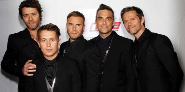 Robbie Williams annuncia la reunion (a scopo benefico) dei Take That