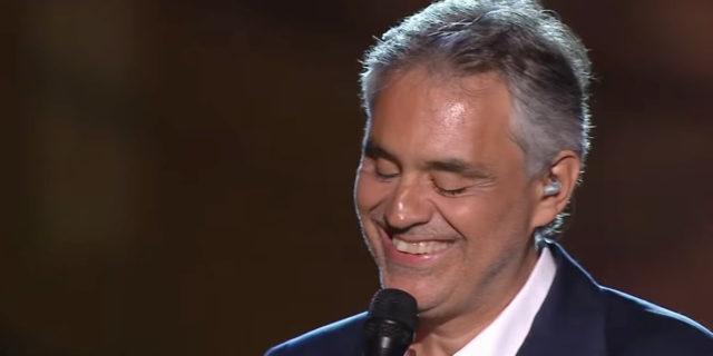 """Andrea Bocelli: """"Ho avuto il coronavirus, ora dono il plasma"""""""
