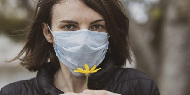 Coronavirus, Regione Campania verso l'addio alla mascherina obbligatoria