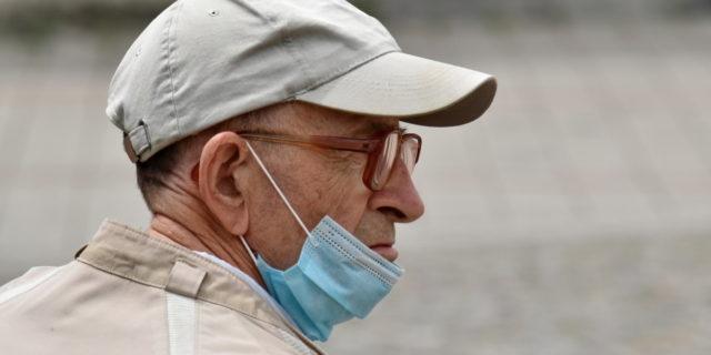 Coronavirus, l'Italia ha abbassato la guardia: crescono i nuovi focolai