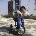 Donne costrette alla sterilizzazione e all'aborto: il genocidio in corso degli uiguri