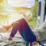 Pagati per disintossicarsi dai social: l'offerta per una vacanza alternativa