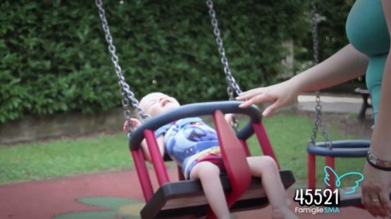 È morto a 16 anni Mirko Toller: l'addio di Checco Zalone all'amico malato di SMA