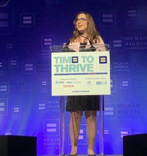 La risposta di Sarah McBride, prima senatrice trans, che mette a tacere tutti