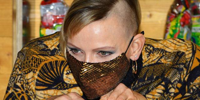Charlène di Monaco, taglio semi rasato e ultra rock per la principessa