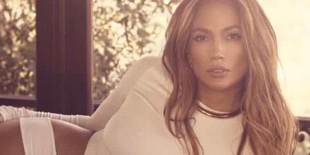 La risposta (magistrale) di Jennifer Lopez agli hater che l'accusano di essersi rifatta
