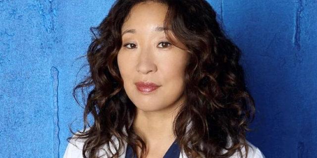 """""""Il mio posto è qui!"""": la sfida di Sandra Oh alla violenza contro le persone asiatiche"""