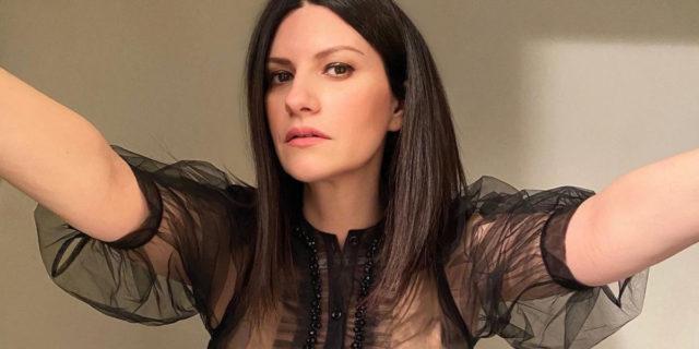 """""""I discografici mi dissero 'Per l'età che hai non vincerai'"""": la rivincita di Laura Pausini"""