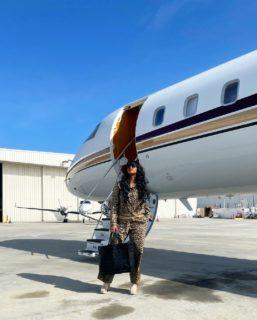 """Chi è H.E.R., la cantante che ha """"strappato"""" l'Oscar a Laura Pausini"""
