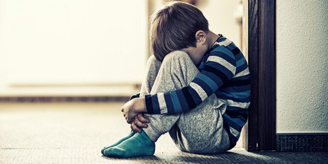 Pedofilia in Italia: su 11 abusi sessuali al mese, 5 sono online