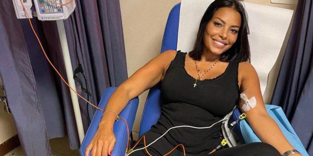 """""""Affronterò tutto con il sorriso"""": Carolina Marconi racconta il tumore al seno"""