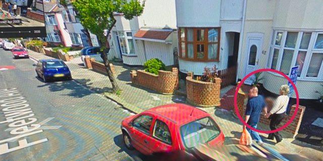 Perché c'è chi ricerca in Google Street View i parenti morti