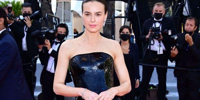 Tutto lo splendore di Kasia Smutniak sul red carpet di Cannes