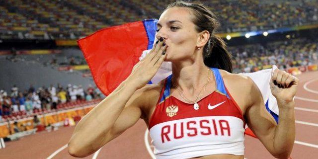"""Yelena Isinbayeva: """"Come non innamorarsi della possibilità di volare?"""""""