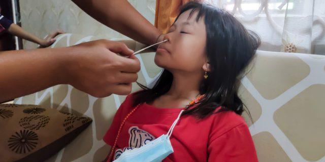 In Indonesia il Covid sta uccidendo 100 bambini a settimana