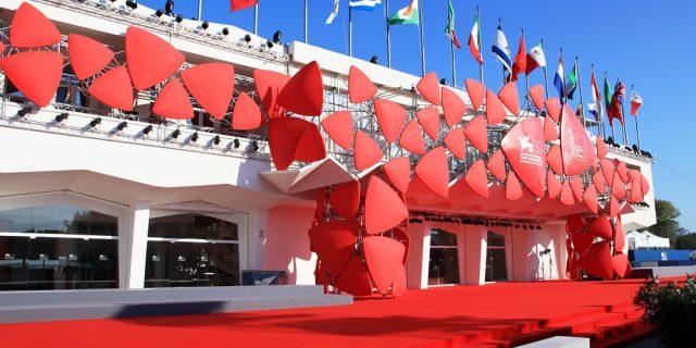 Mostra del Cinema di Venezia 2021: film, Leoni d'oro e (anche) green pass