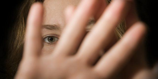 In Italia ogni due ore una donna denuncia una violenza sessuale