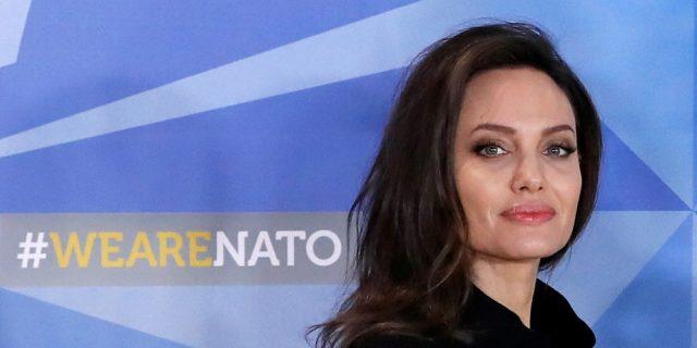 Angelia Jolie: su Instagram per i diritti del popolo afghano