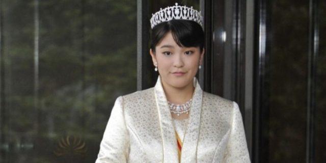 La principessa Mako si sposa e rinuncia all'indennizzo della famiglia imperiale