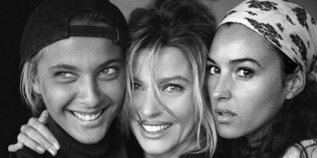La foto di Alba Parietti con Monica Bellucci è subito 'revival Anni '90'