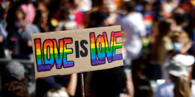 La Svizzera ha deciso: sì ai matrimoni gay