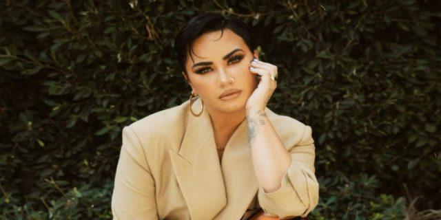 """Demi Lovato sul suo coming out da non-binary: """"Sono sia donna che uomo"""""""
