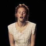Cantano Con Un Vibratore Fra le Gambe: Il Video Della Girlband Olandese