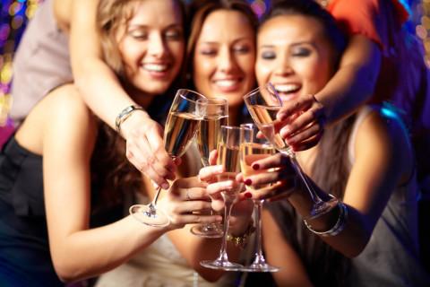 Capodanno da Single? 7 Idee per Festeggiare alle Grande