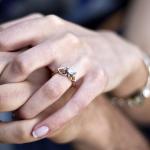 Cosa Dice l'Anello di Fidanzamento sul Futuro del Matrimonio
