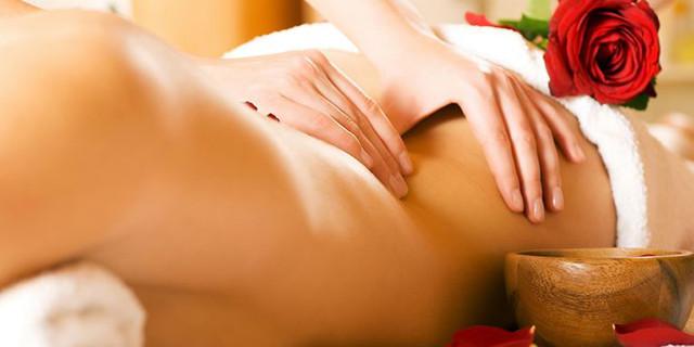 Il Massaggio Yoni: Cos'è e Come si Fa (la Guida per i nostri Partner)
