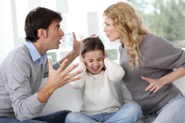 Cattive abitudini in coppia: litigare in pubblico