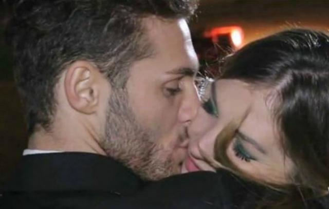 bacio sulla guancia