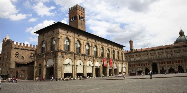 centro storico di Bologna Piazza Maggiore