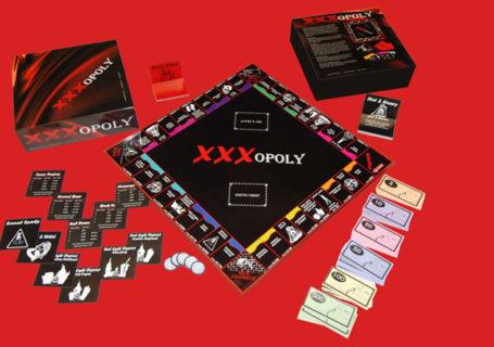 Il Monopoli e altri 7 giochi in scatola in versione hot